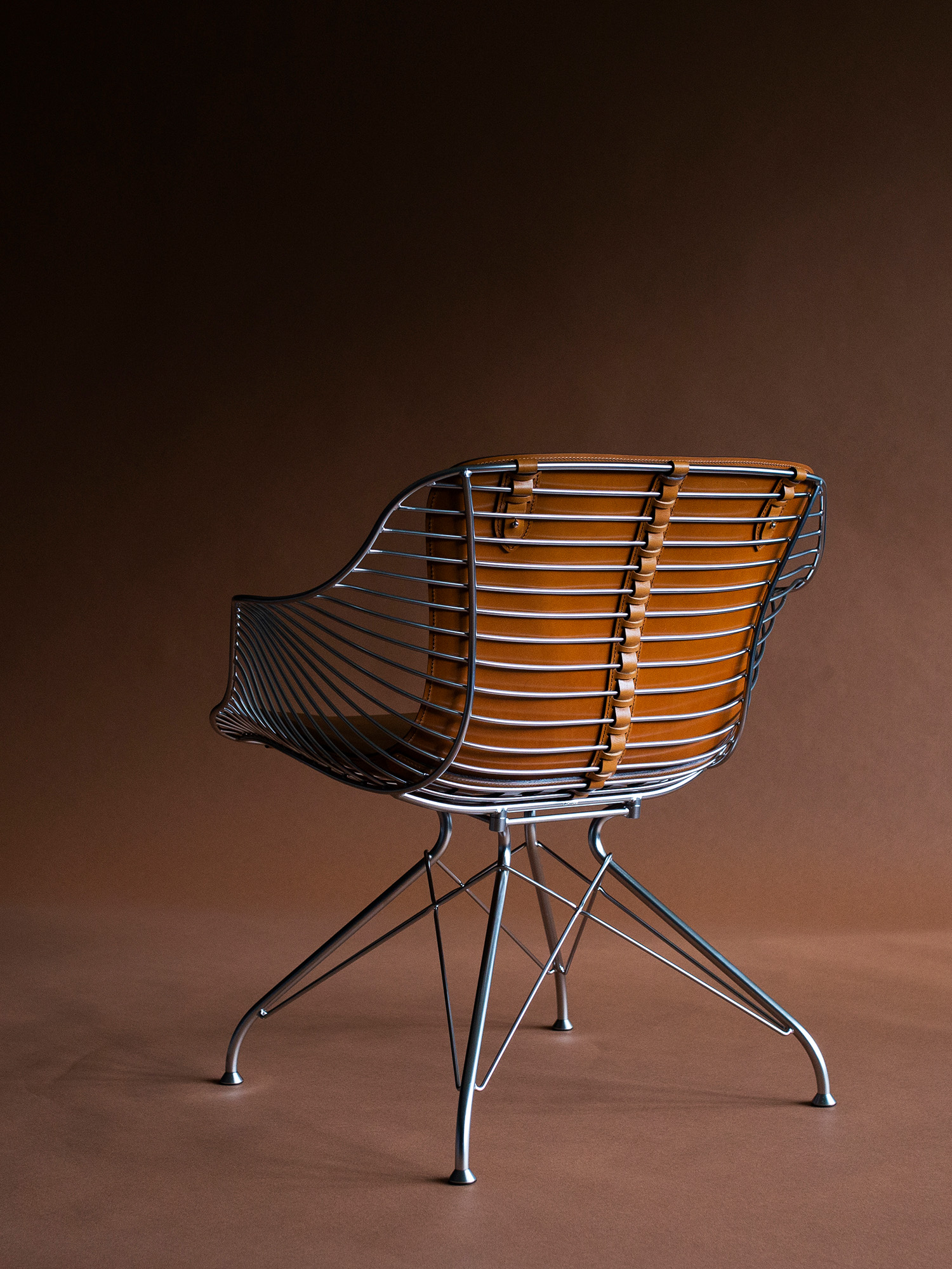 wire lounge chair