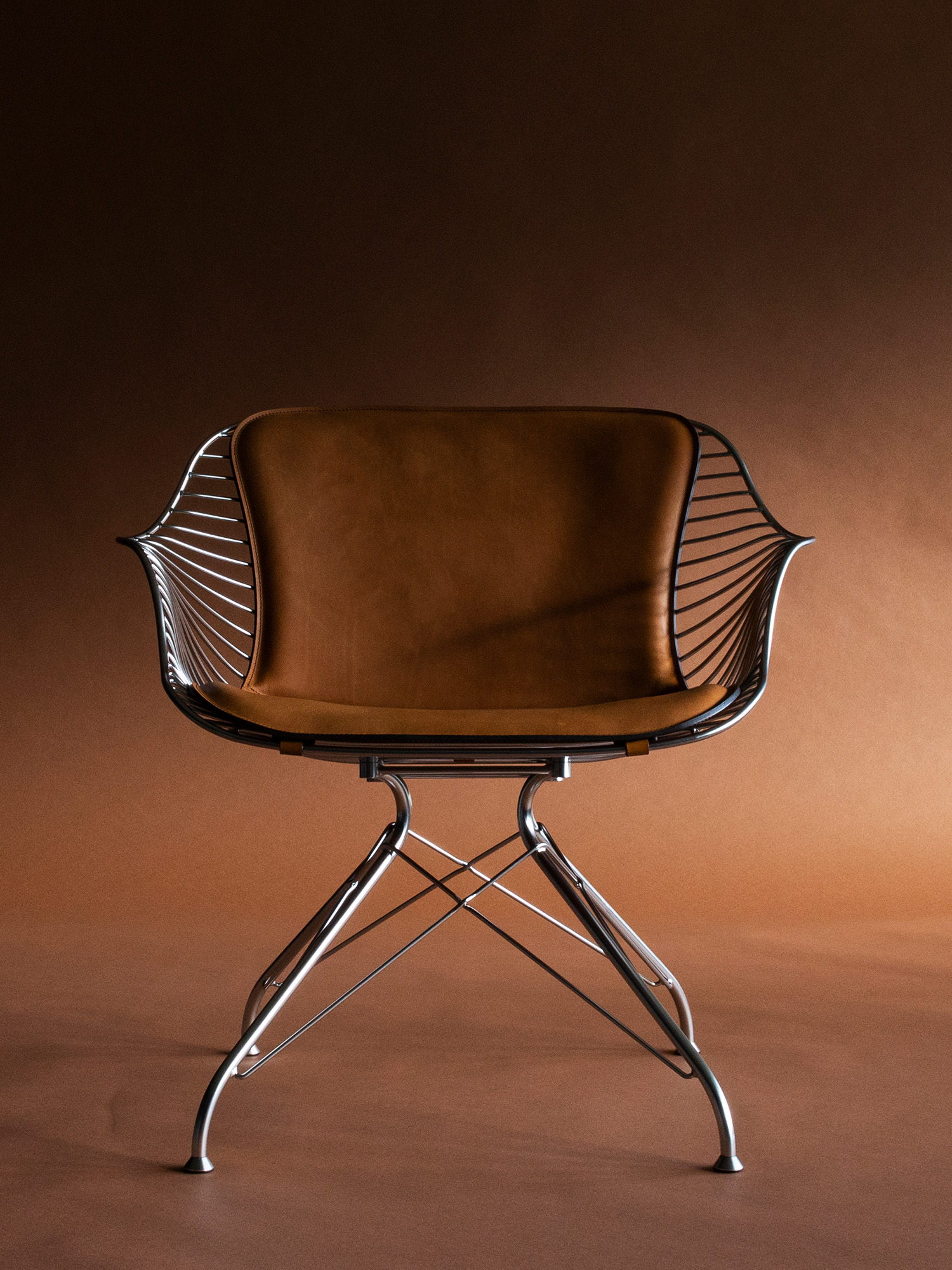 wire lounge chair front