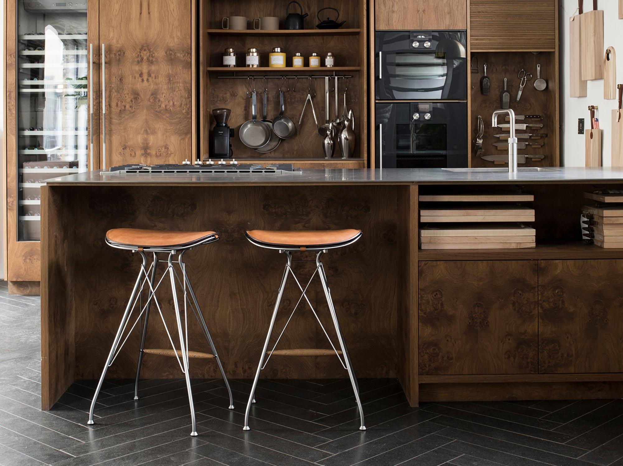 Wire-Bar-Stool-Kitchen-Counter-Overgaard-Dyrman