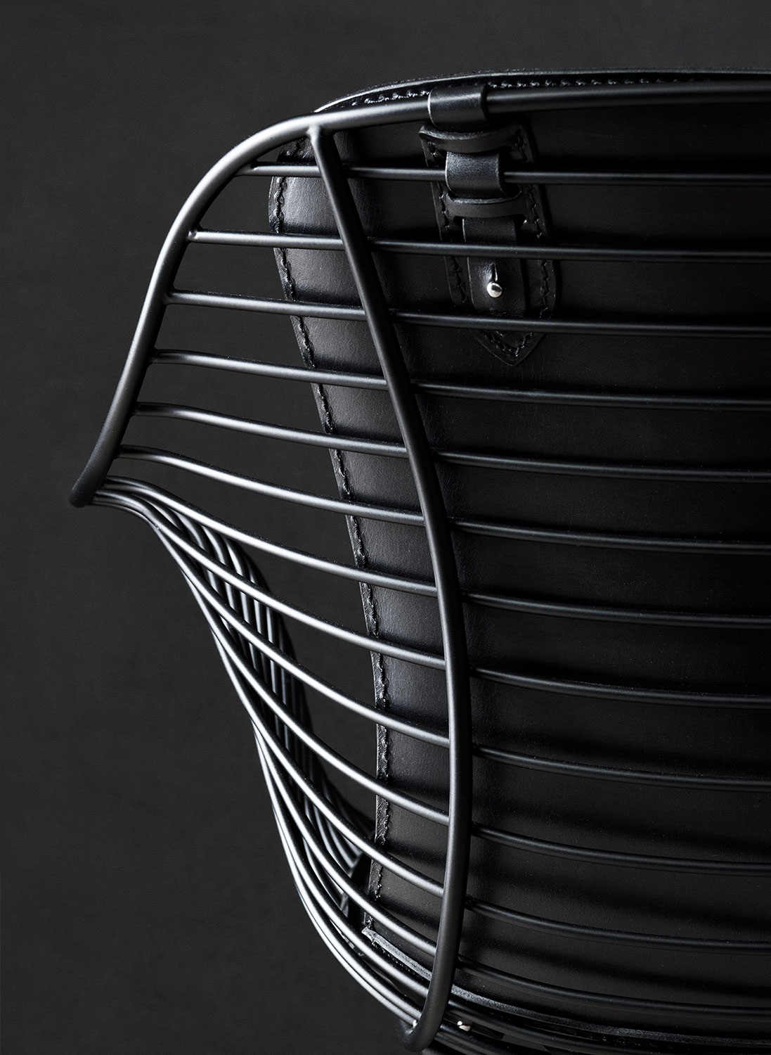 Wire-Dining-Chair-Back-Detail-Overgaard-Dyrman