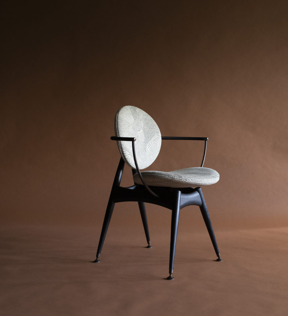 circle dining chair in maralinga fabric by overgaard and dyrman