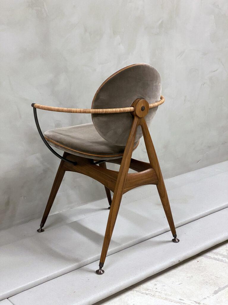 Circle-Dining-Chair-Overgaard-Dyrman-ViennaVelvet-2