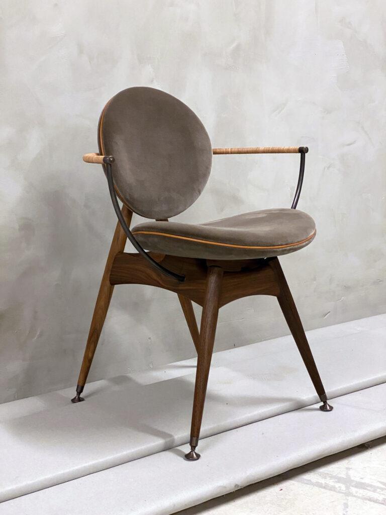 Circle-Dining-Chair-Overgaard-Dyrman-ViennaVelvet-3