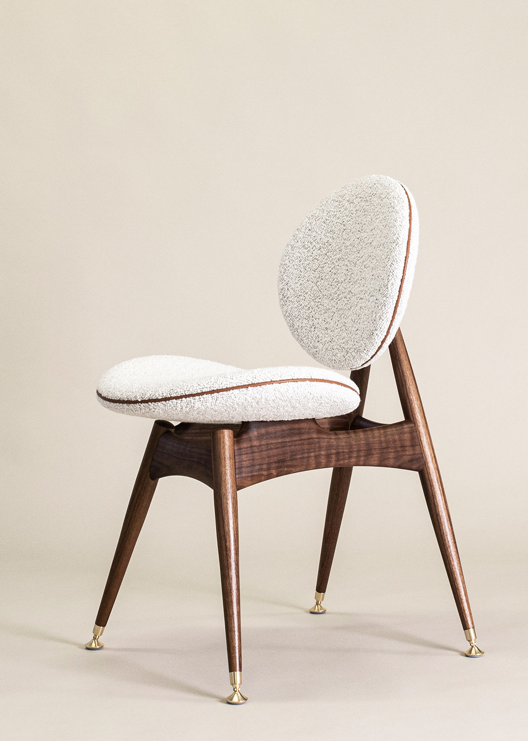 Circle-Dining-Chair-DedarBoucle