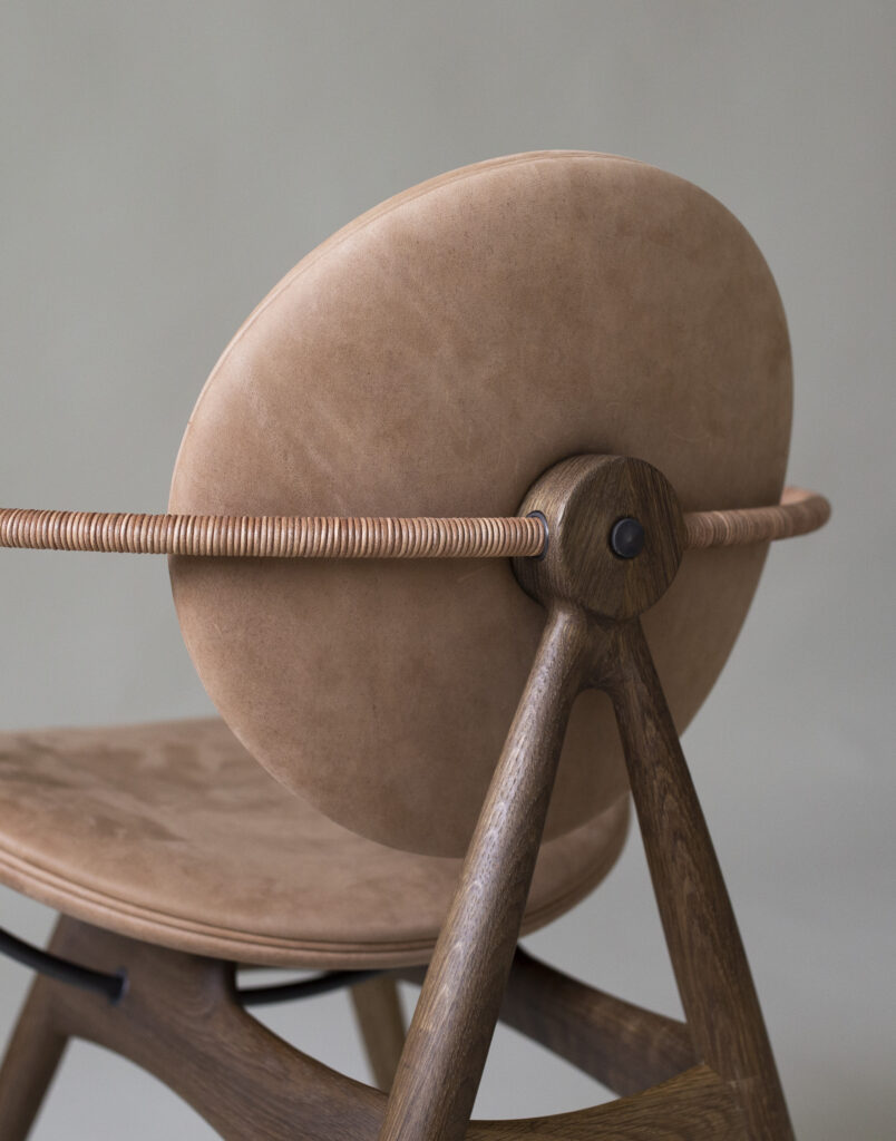 Circle-Dining-Chair-MatstoneSand-Leather